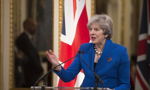 Британские министры спланировали полномасштабный заговор, чтобы сместить Терезу Мей