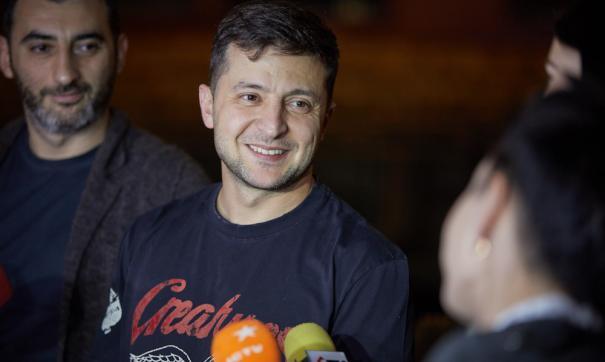 На данный момент у Зеленского самая большая поддержка украинцев