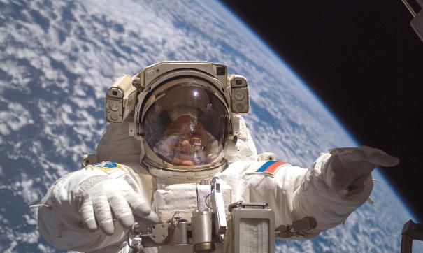 Фрукты, творог и немного чеснока доставят космонавтам на МКС