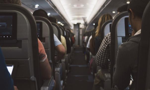 Пьяных пассажиров сняли с рейса в Хабаровске
