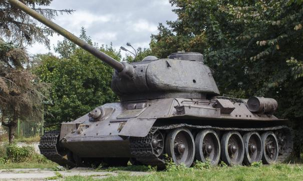 Российские военные откопали танк Т-34 на Голанских высотах