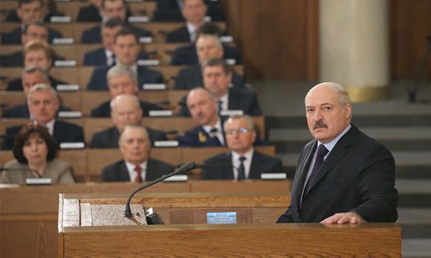 Незыгарь обвинил семью Лукашенко в отмывании денег арабских шейхов