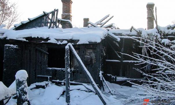 В Бобровке заживо сгорели малолетние дети