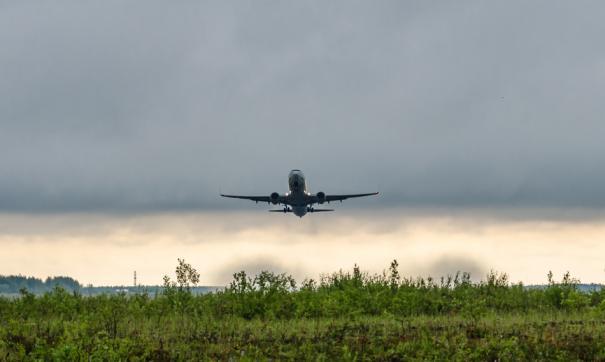Самолет, направлявшийся из Сургута на Пхукет, экстренно сел в Красноярске