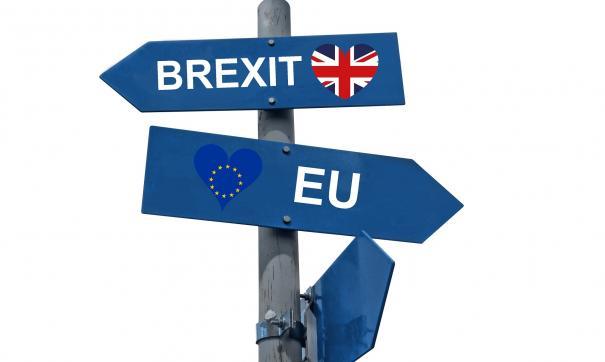 Сегодня соглашение Терезы Мэй было опять заблокировано, и осталось 2 самых жестких варианта Brexit.