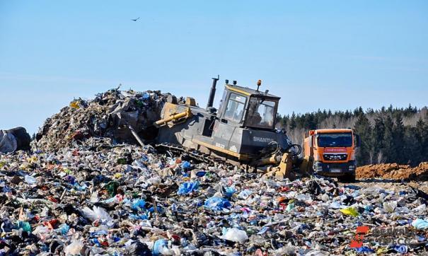 Вывоз мусора с острова возобновится с середины мая
