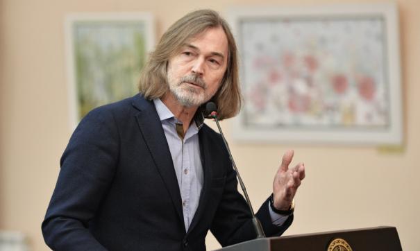 Стартовая стоимость картин Никаса Сафронова свыше 16 миллионов рублей