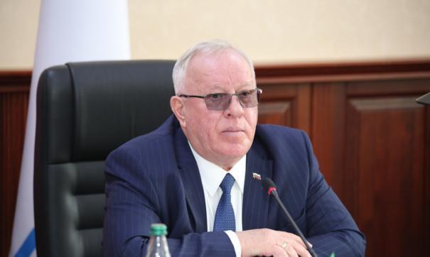 По словам Александра Бердникова, отставка была добровольной