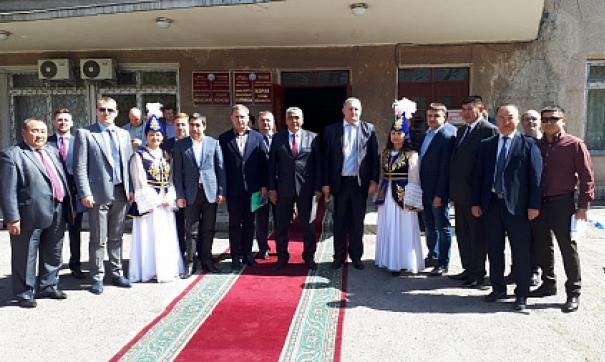 Оренбургская делегация посетит ведущие предприятия региона