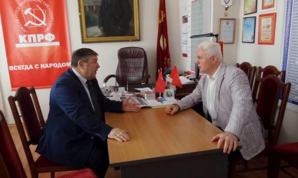 Медведев и Берулава на встрече в Красноярске в 2016 году