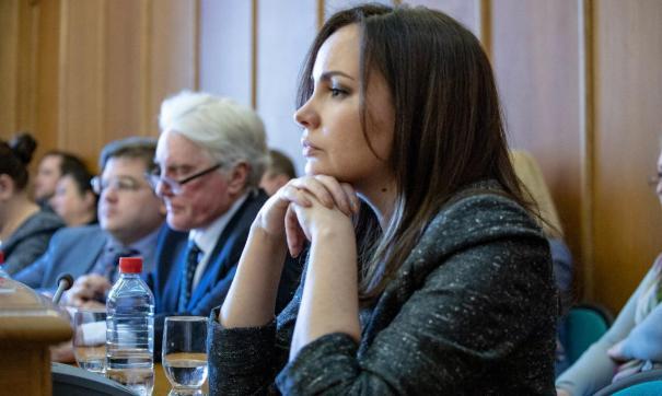 Алена Земляникова