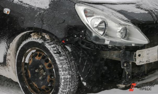 Дерзкий водитель Lexus в Мурманске разбил 15 автомобилей