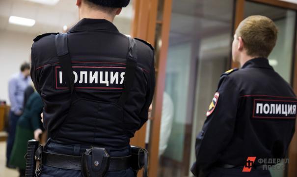 Водитель маршрутки в Петербурге ударил следователя по руке и заплатит 20 тысяч