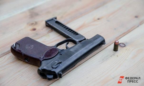 В Калининграде мужчина открыл огонь по прохожим. Два человека пострадали