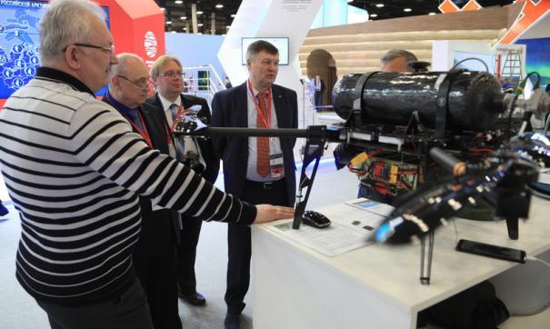 Модератором питч-сессии выступит международный корреспондент телеканала RT Илья Петренко.