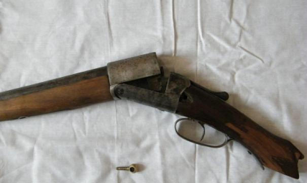 Депутата взяли с ружьем.