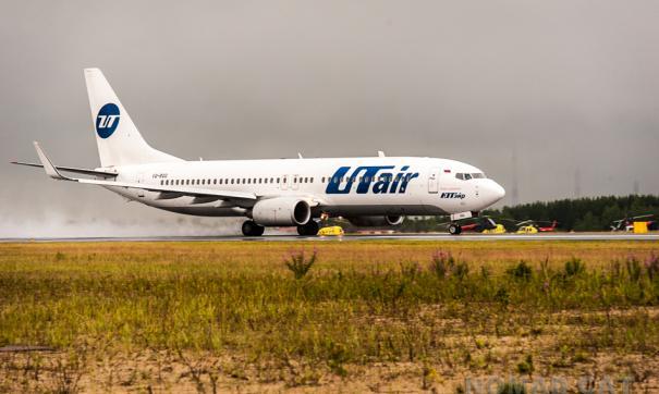На борту задымившегося самолета UTair находились нефтяники