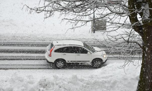 На Ямале закрывают зимники и откладывают рейсы