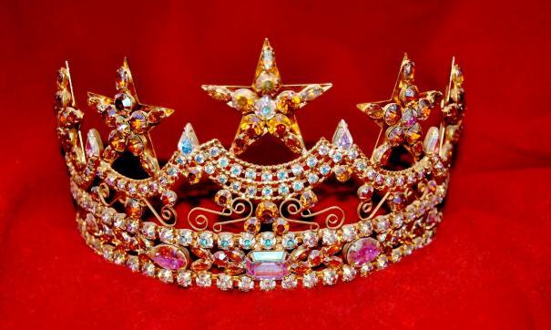 На мировых конкурсах красоты «Мисс Мира» и «Мисс Вселенная» Россию будет представлять 20-летняя девушка с Дона.