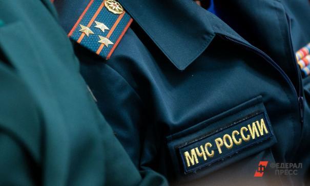 Во Владивостоке умер пожарный, пострадавший при тушении склада