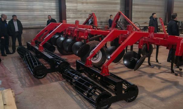 На заводе «Сибиар» изготовили первые десять культиваторов