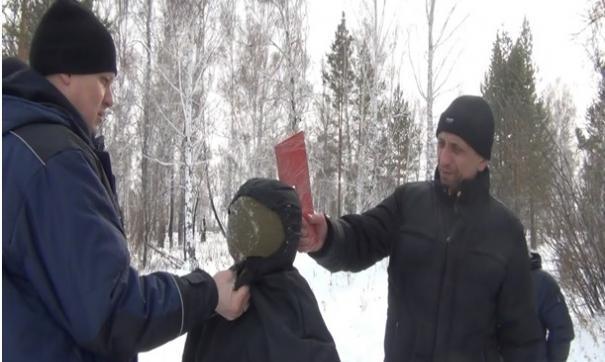 Михаил Попков на одном из следственных экспериментов