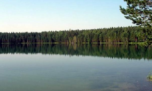 С озером Святым связано множество легенд