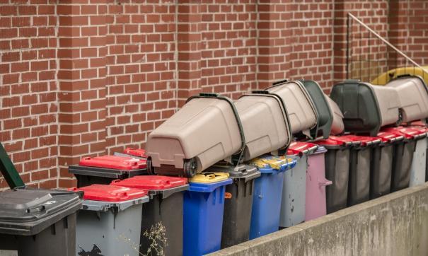Регоператор подсчитал, что в городах не хватает 4000 контейнеров