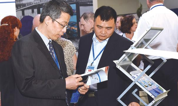 Выставку предприятия посетили более 100 делегаций