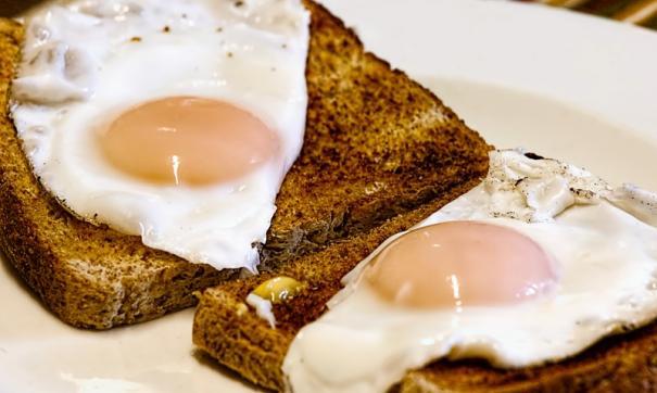 Ученые: холестерин в пище не повышает риск инсульта