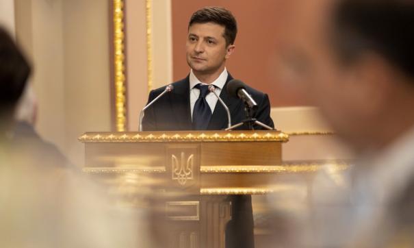 Владимир Зеленский подписал первый указ на посту президента Украины