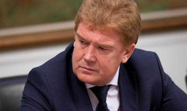 Активисты обратились к мэру Елистратову