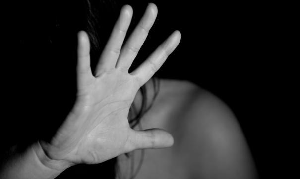 Бывший муж избивал супругу и лишил прав на детей в одностороннем порядке