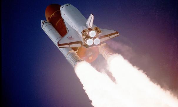 Претензии Space X заявлены к правительственным закупкам и контрактам на запуск космических ракет.