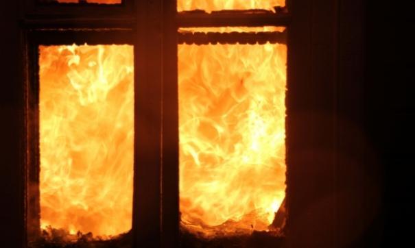 В Белоярском районе в пожаре погибли двое человек.
