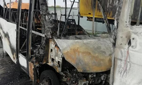 Владелец машин уверен, что это был умышленный поджог