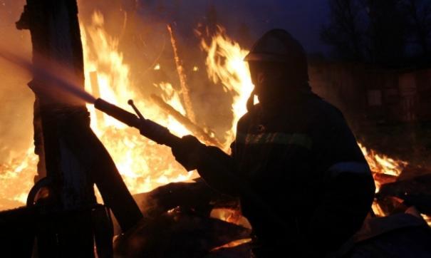 Сельчане тушили пожар в жилом доме своими силами до прибытия спасателей