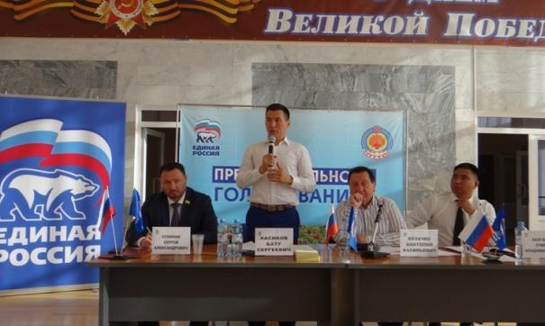 Бату Хасиков убедил единороссов и идеями и первыми делами