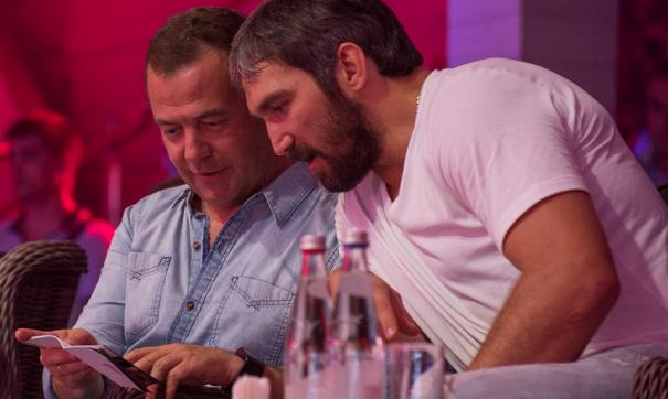 Аккаунт Медведева в Twitter взломали