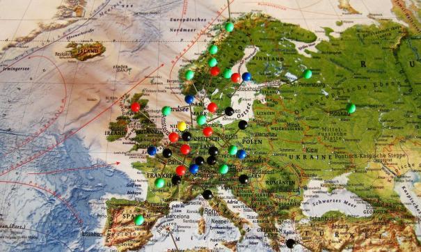 Ассамблея рассмотрела более 200 поправок в докладе, но основе принятия которого страну вернули в европейский совет.