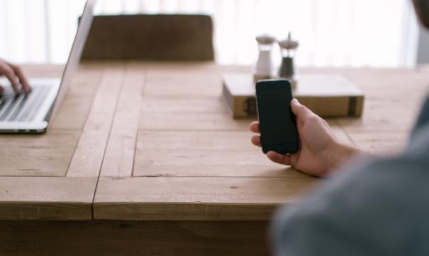 Apple иHuawei оказались лидерами понадёжности телефонов