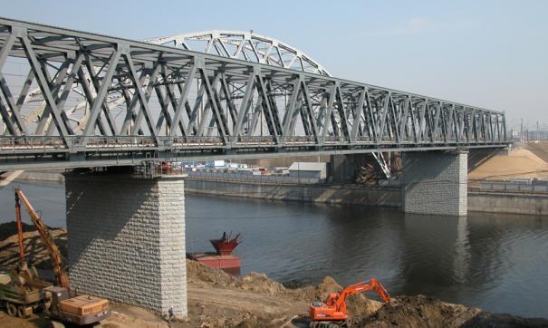 Мост через реку Лена нужен большинству жителей Якутии