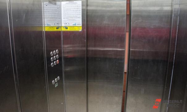 С Тюменского госуниверситета требуют вернуть деньги за замену лифтов в общежитии