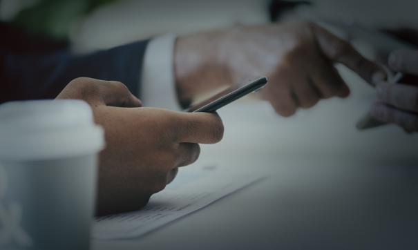 Иностранные ОС не могут гарантировать сохранность документов, считают в ведомствах