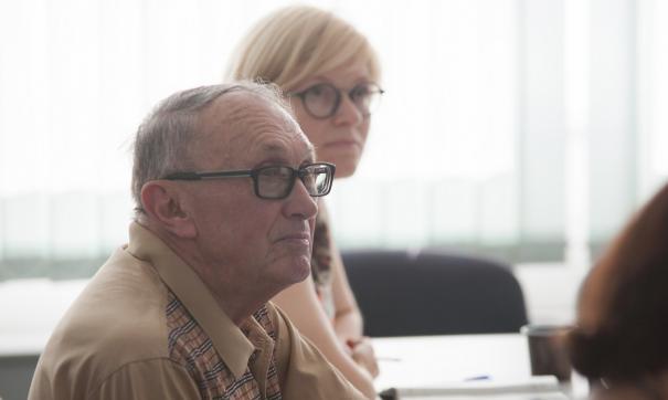 В рамках профессиональной ориентации представители вуза предложили организовать в ЧелГУ горячую линию