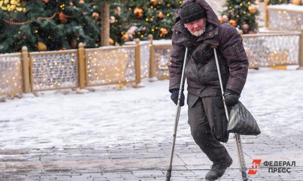 Жительница Поронайска обокрала беспомощного инвалида