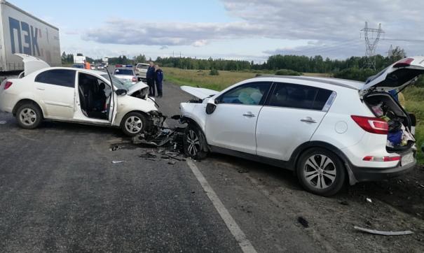Несколько пассажиров выжили благодаря использованию ремней безопасности