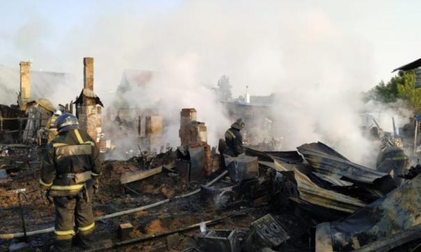 В Новосибирске предотвратили выгорание квартала с частными домами