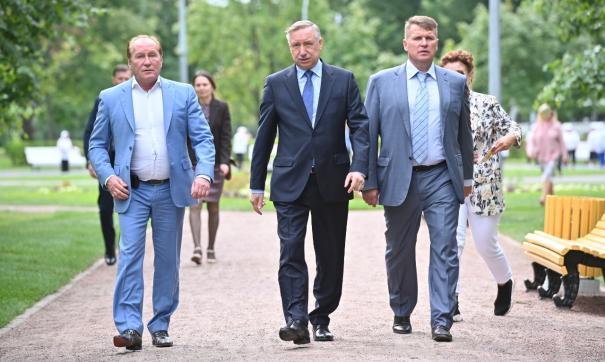 Глава Петербурга посетил обновленный Пионерский парк