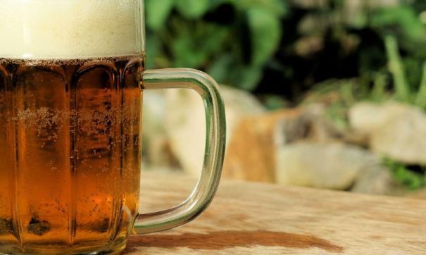В Тюмени пьяный водитель протаранил детскую площадку